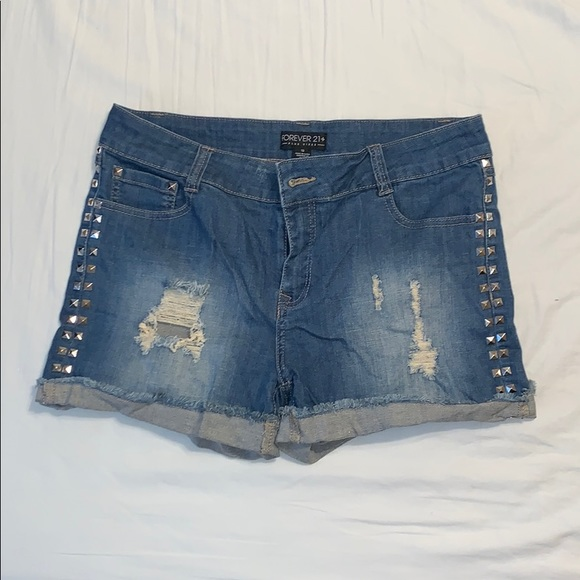 Forever 21 Pants - NWT Forever21 embellished Jean shorts